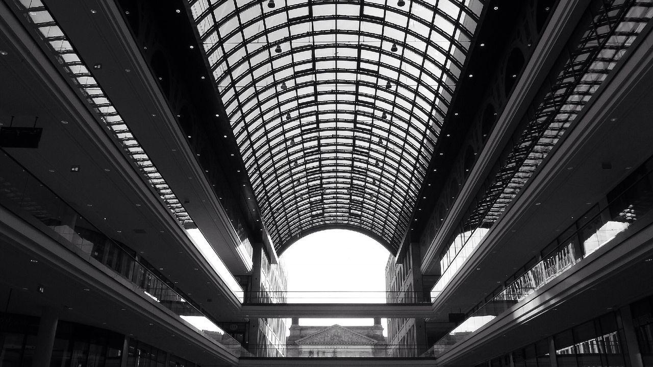 Lp12 Monochrome Urban Geometry Light And Shadow