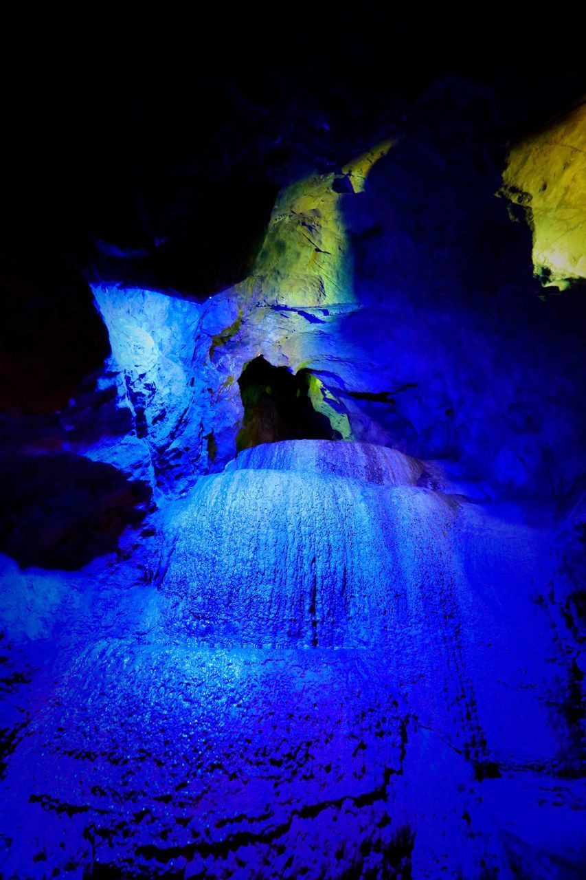 beauty in nature, nature, no people, tranquility, blue, textured, physical geography, cave, indoors, close-up, day
