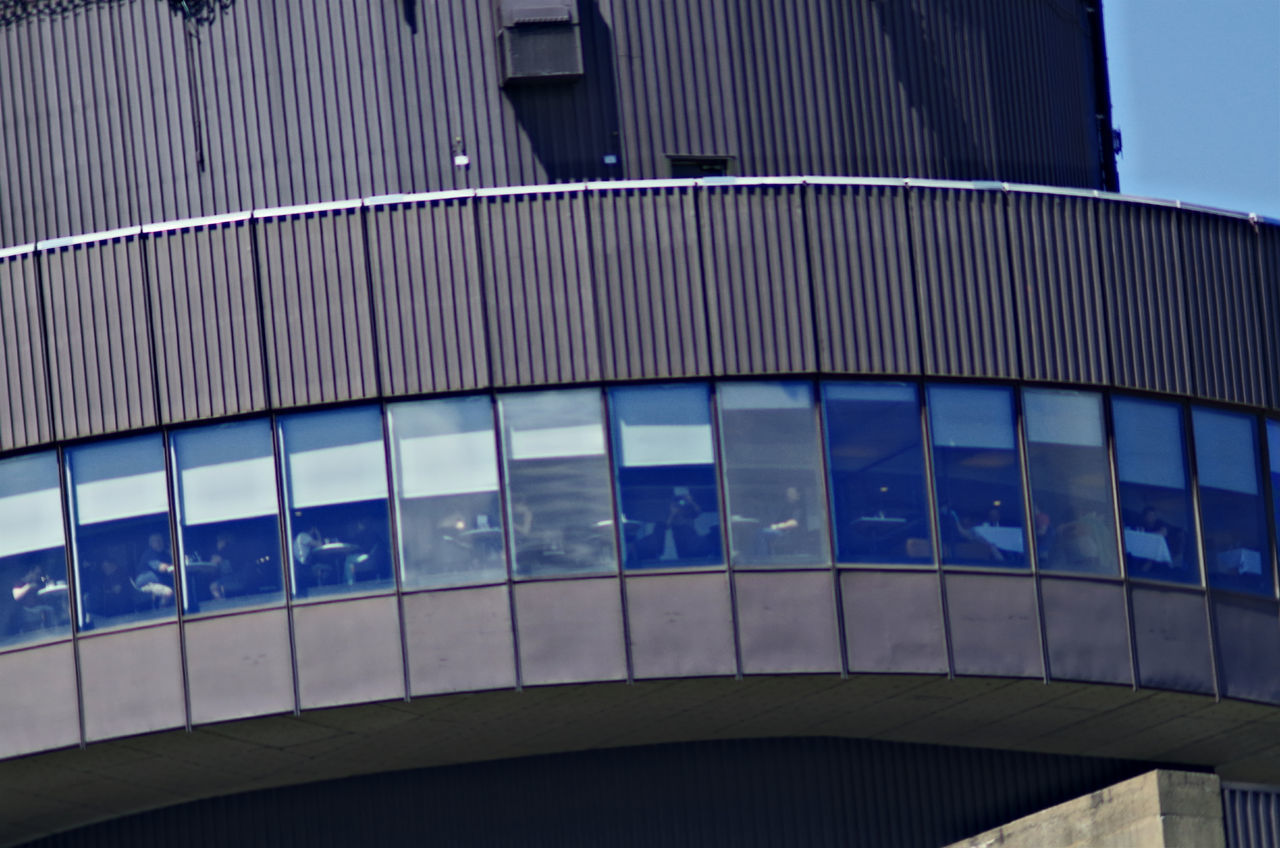 Sky teaser... Architecture Taking Photos Pentax K-50 Telephoto Le Concorde Albinar 420-800mm