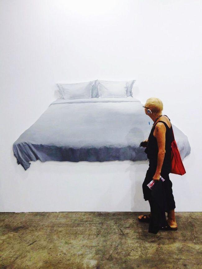 Strange😳 At A Conference Of Art