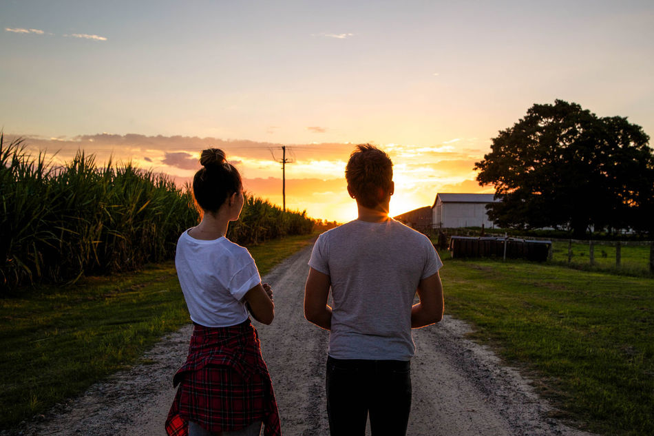 Beautiful stock photos of love, Backlit, Casual Clothing, Caucasian Ethnicity, Countryside