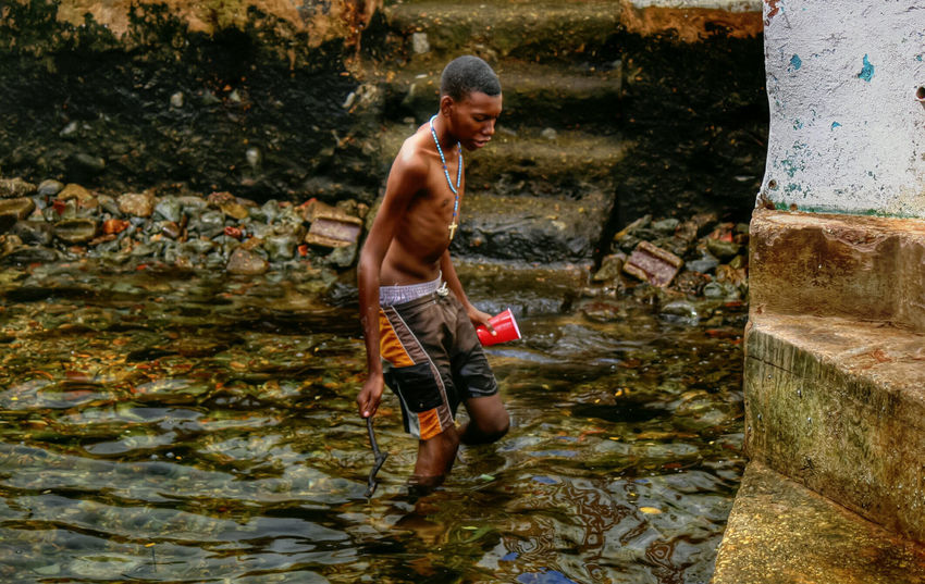 Catching crabs Islandlife Trinidad And Tobago Gasparee Island Gasparee Caves Caribbean Life Down The Islands Hdrphotography