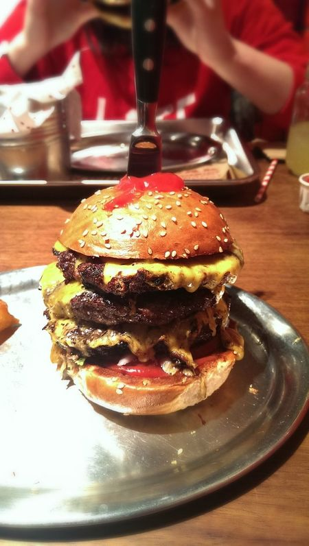 His majesty, the killer Whtsbf Burger