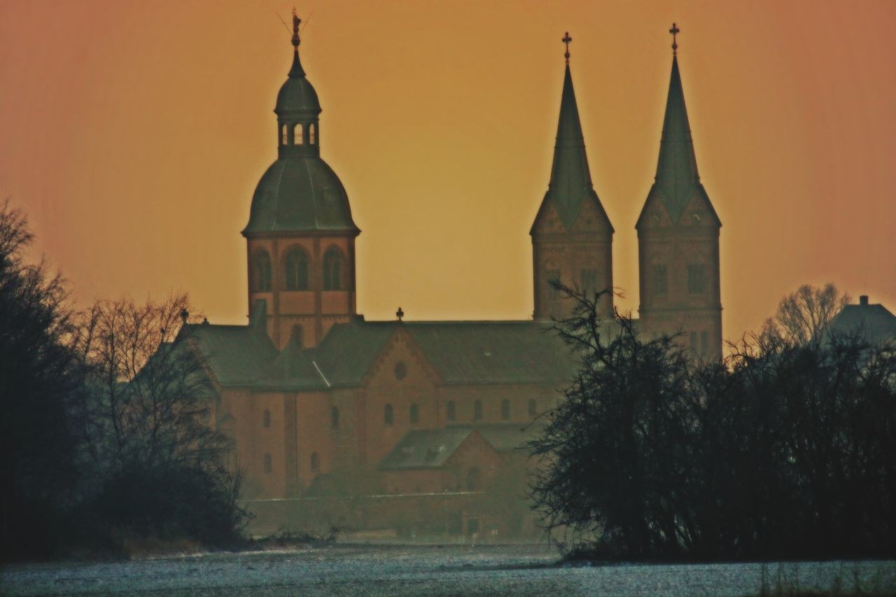 Architecture Basilica Beautiful Beautiful Place Building Building Exterior Built Structure Church Church Architecture Church Tower Cold Cold Temperature Evening Eye4photography  EyeEm Gallery Grassy Historical Building History Place Of Worship Religion Sky Sunset Tree Winter Wintertime