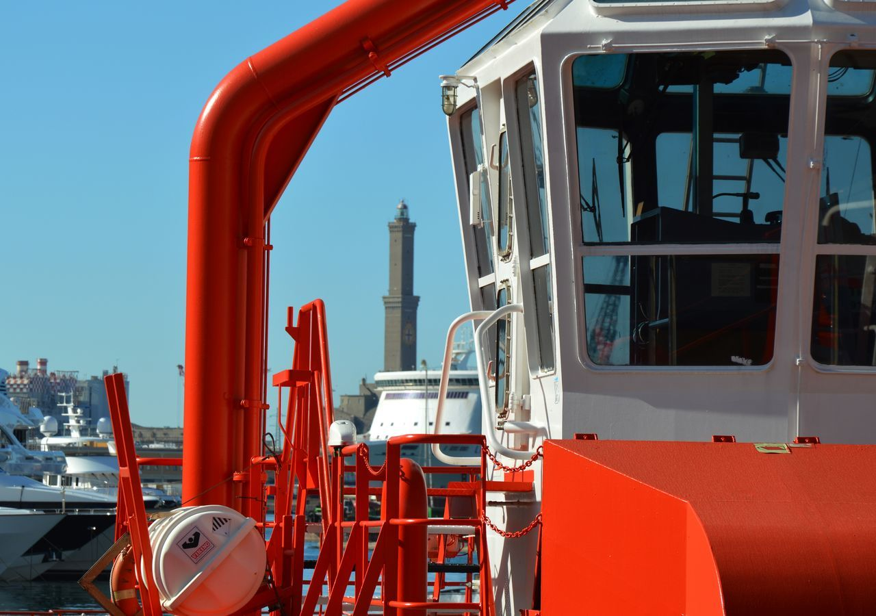 Business Finance And Industry Day Drilling Rig Equipment Factory Fossil Fuel Fuel And Power Generation Fuel Pump Gasoline Industrial Equipment Industry Manufacturing Equipment Metal Industry No People Oil Oil Industry Oil Pump Oil Refinery Outdoors Petrochemical Plant Pipeline Red Refinery Refueling Technology
