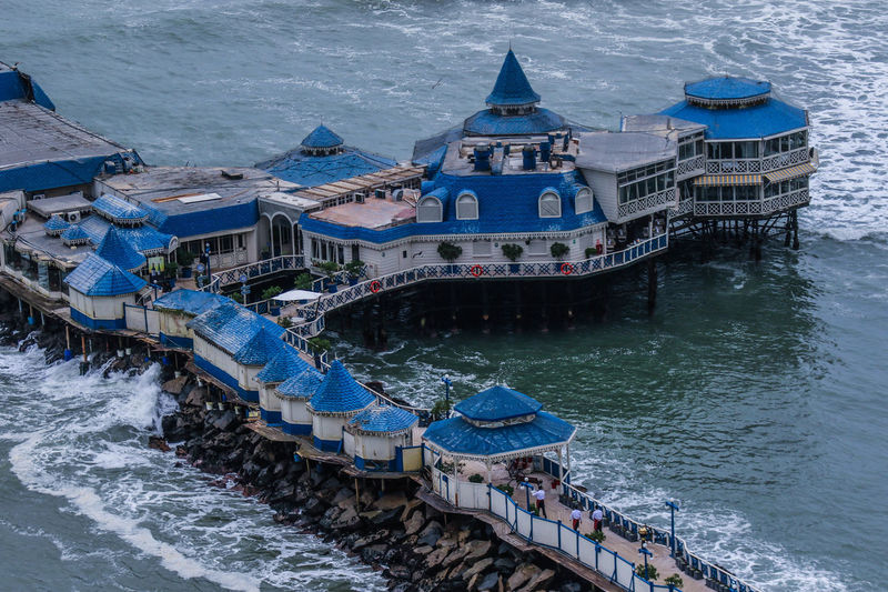 Muelle turistico y kiosco en la playa Waikiki en la zona de Miraflores. Lima Peru Lima Love Blue Kiosco  Lanscape Muelle Sea Wather