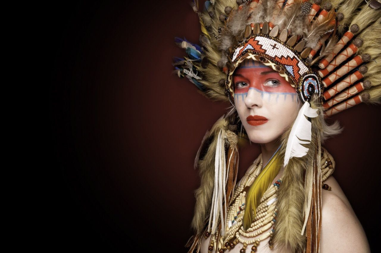 Headdress Feather  Costume Headwear Portrait Looking At Camera Young Adult Young Women Close-up