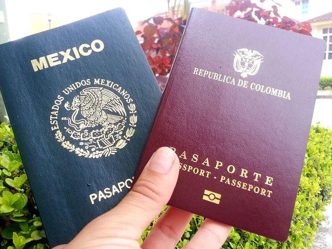 Passports Pasaporte Colombia ♥  Mexico <3 NosVamos😋