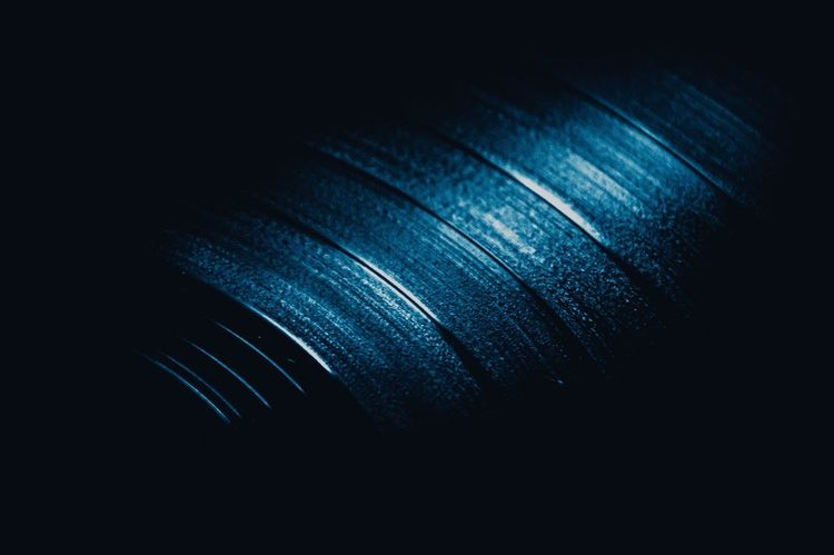 TakeoverMusic Single Object Close-up Macro Music Record Roundtable Blackandblue Lieblingsteil Welcome To Black