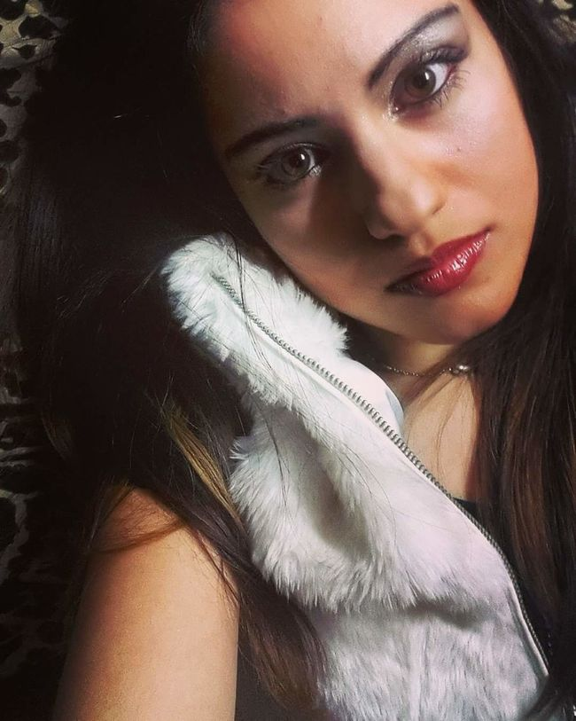 That's Me Cheese! Hello World Relaxing Taking Photos Hanging Out Check This Out Enjoying Life Chiara Me Io Me. ❤ Ich Cheese! Enjoying Life Hi! Hair Let Your Hair Down