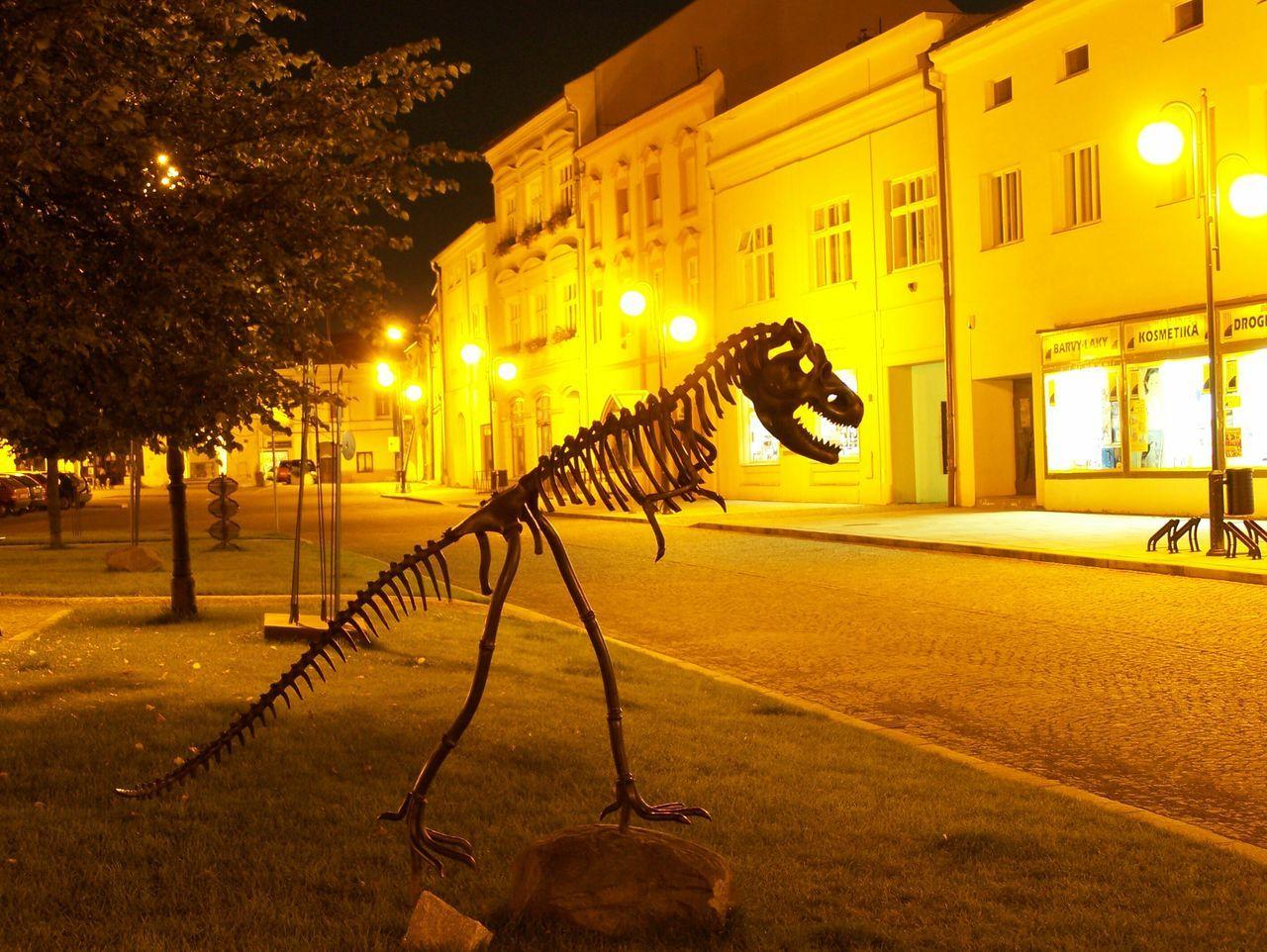 Tyrannosaurus Sculpture Hefaiston