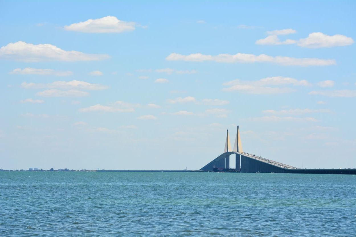Sunshine Skyway Bridge, Interstate 275, Tampa Bay area Florida Sunshine Skyway Bridge Tampa Bay Florida Bridge - Man Made Structure Bridge Mode Of Transport Travel Water No People Outdoors Connection Architecture Scenics Sky Business Finance And Industry Transportation