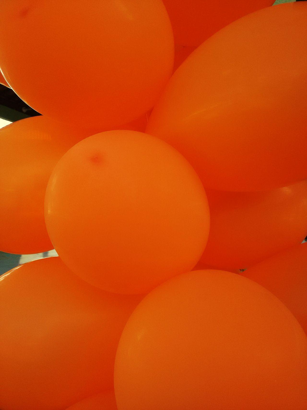 🎈🎈🎈 Hello World Orange Color Balloons No People Balls Close-up Joy Simplicity I LOVE PHOTOGRAPHY EyeEm Gallery EyeEm Best Shots EyeEmBestPics Brazilian Gallery Brasil Brazil 💚💚💚🎈🎈🎈🌍💋✌