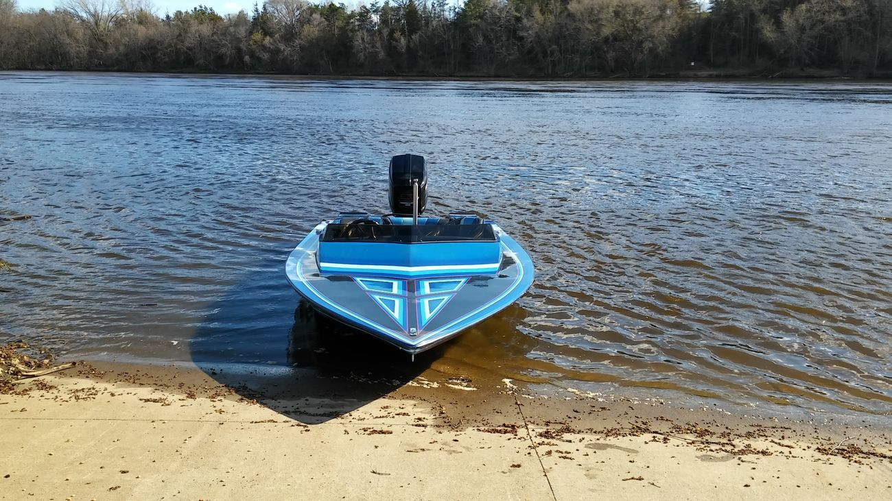 Close-up My Boat On The River Capture The Moment Multi Colored Nautical Vessel Water Tranquility Boys And There Toys Check This Out My Point Of View Taking Photos Outdoors Mode Of Transport Mississippi River