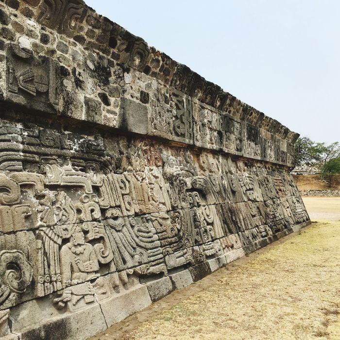 Old Ruin History Ancient Ancient Civilization Stone Material Architecture Archaeology Built Structure Day Outdoors Travel Destinations No People Clear Sky Xochicalco