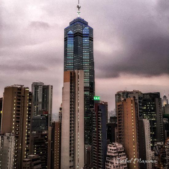 @Izzymaxie Hollywood Rd Hongkong sunset view HongKong Hongkong Photos Hongkongcity Hongkongphotography Hongkongnight Hongkongeyeem Hongkongcentral Hongkongskyline EyeEm Gallery Eyeemphotography Eyeemphoto EyeEm Best Shots - Sunsets + Sunrise Eye