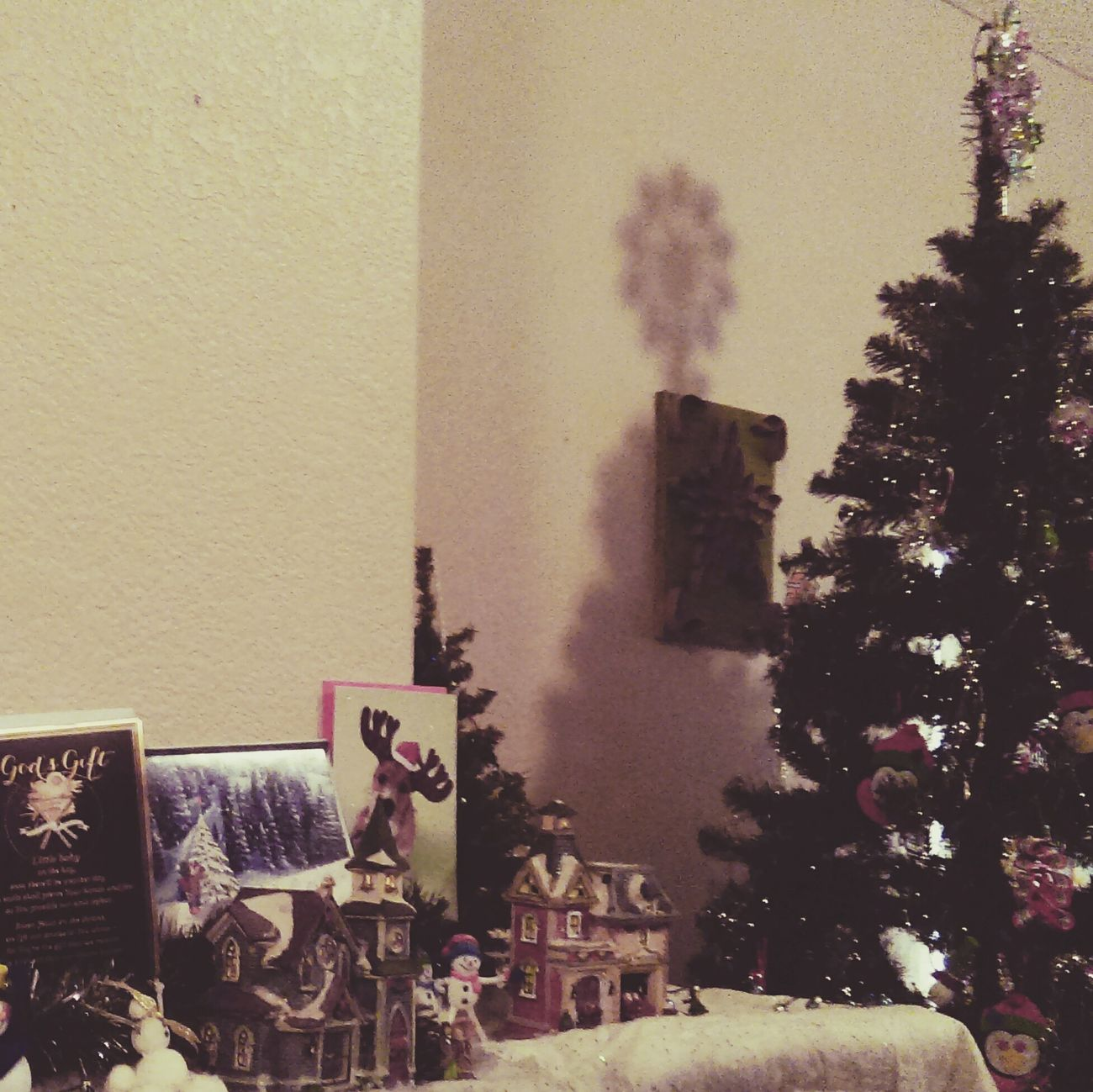 Taking down the HolidayDecorations ... Don't judge I was going to leave them up until Feb 2nd... Holiday Holidaydecor