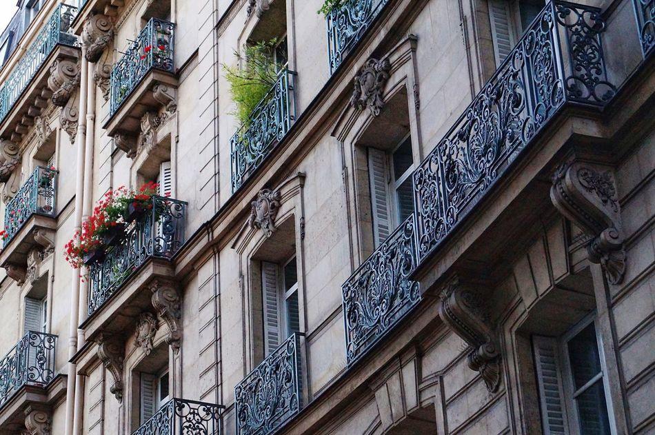 Beautiful stock photos of paris, architecture, building exterior, low angle view, built structure