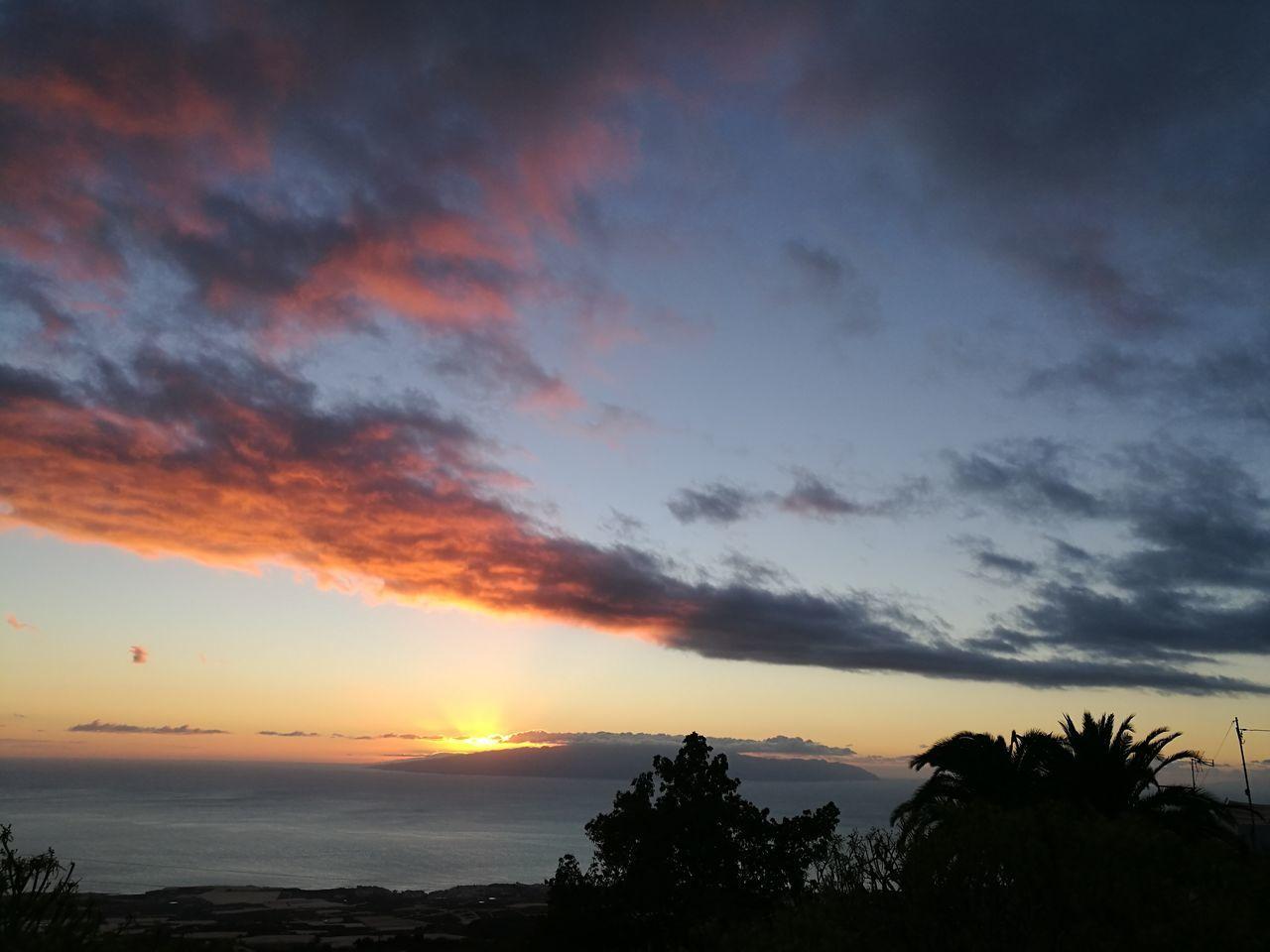 La Gomera, Canary Islands Tenerife Island Sunset Dramatic Sky Beauty Nature Beauty In Nature Natural Beauty Naturaleza🌾🌿 Atardecer Guia De Isora Huawei P9. Tenerife Sur Photo♡ HuaweiP9 Orange Color La Gomera Sin Filtros Day Mountain View