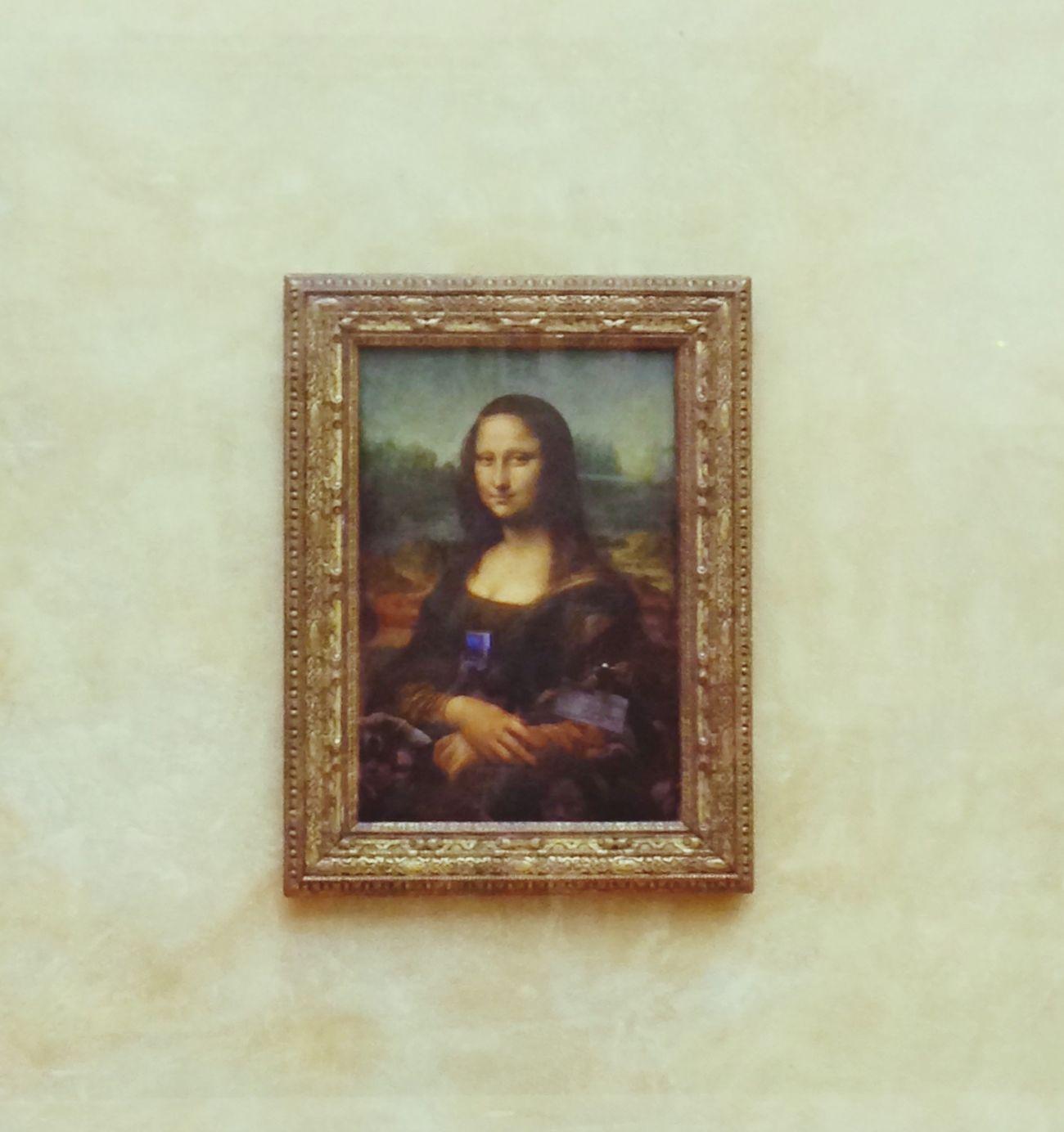 Opening Art Exhibition Absorbing Monnalisa Monna Lisa Smile