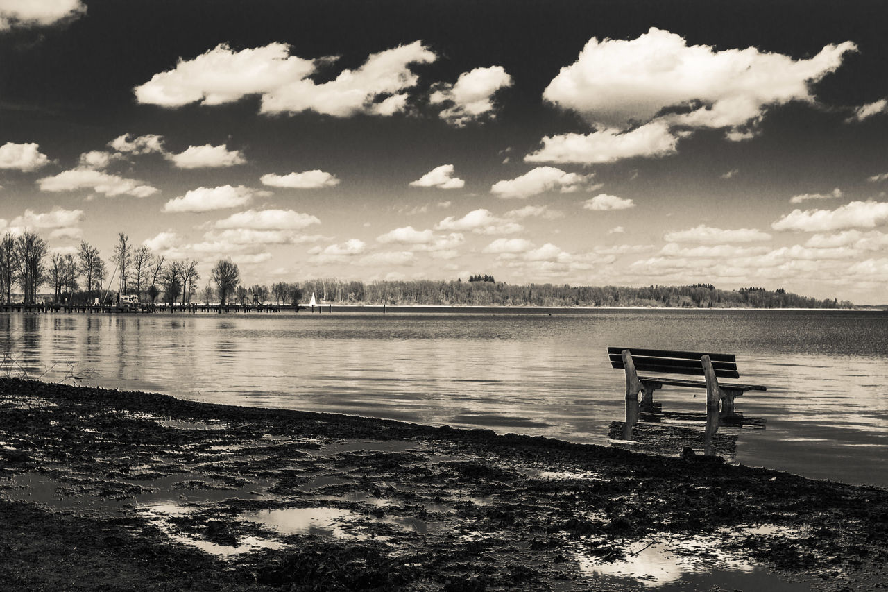 Beauty In Nature Black And White Blackandwhite Cloud - Sky Day EyeEm Best Shots Eyeemgallery Eyeemgermany Lake Lakeview Landscape Nature No People Outdoors Scenics Sky Water Waterreflections