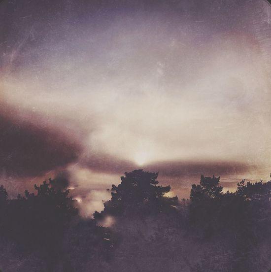 Lo-FI sunset. Sky Cloud - Sky Lo-fi Hipstamatic Hipstamaticaddicts