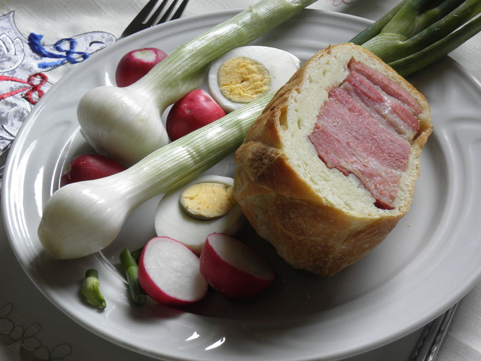 Croatian Easter breakfast,Europe,3 Bread Breakfast Catholicism Christianity Close-up Countryside Croatia Day Delicious Easter Food Freshness Gastronomy Indoors  Meat No People Onion,radish,egg Plate Ready-to-eat Religion Slow Food Surroundings Traditional Vegetables Zagreb