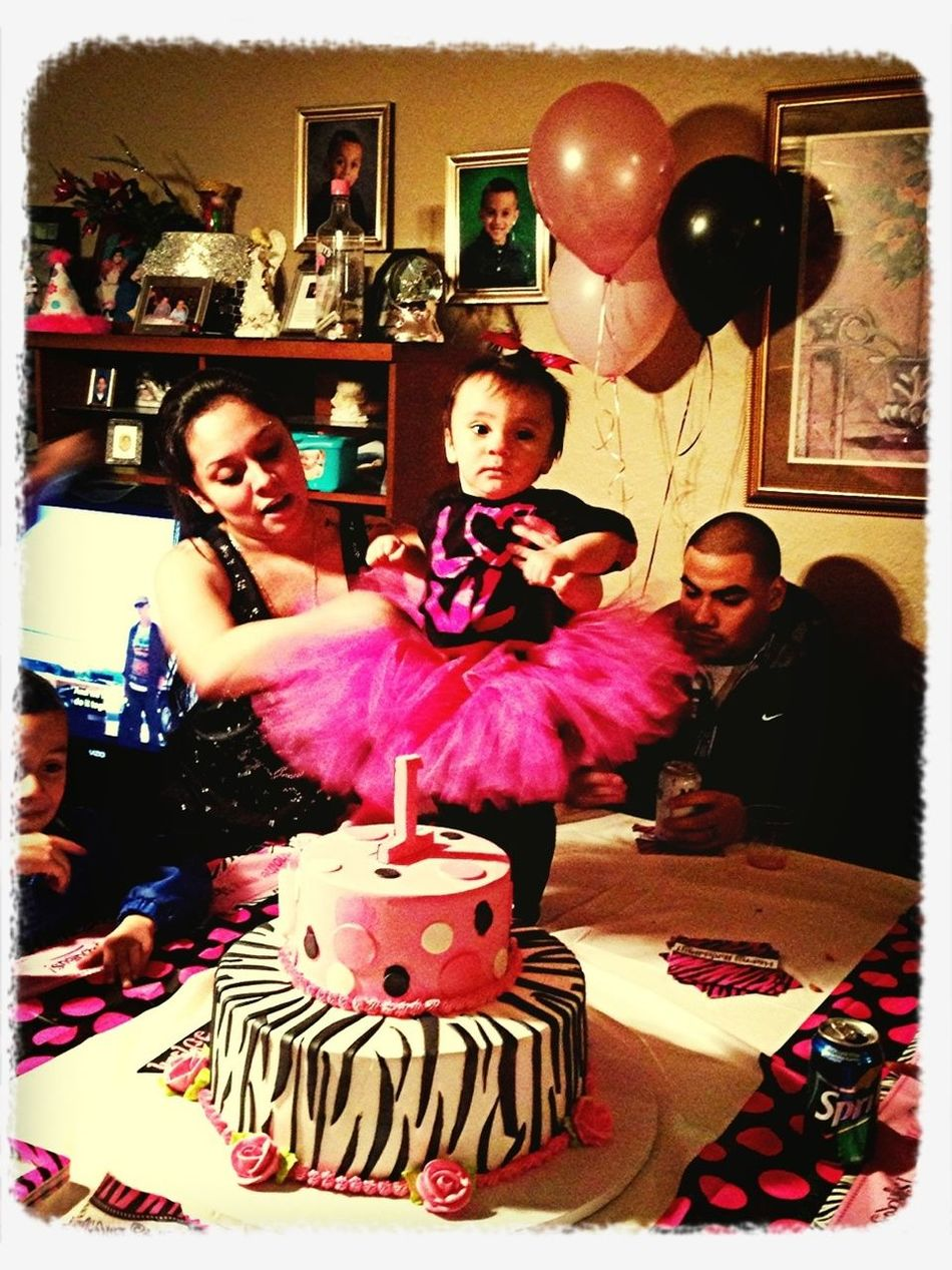My one year old neaice first birthday :))) they grow u so fast I sware man. I still remember they day she easy boring ❤❤❤