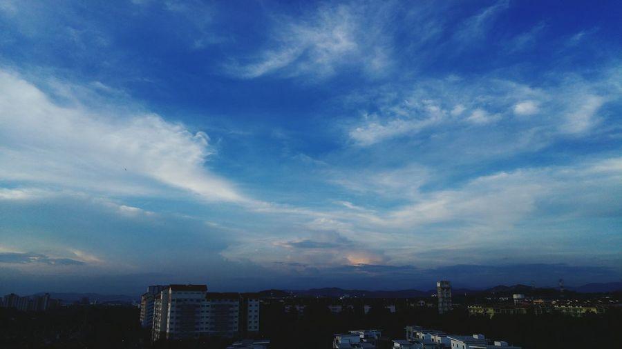 First Eyeem Photo Landscapes Landscape_photography Beauty In Nature Sky Nature Dramatic Sky Landscape EyeEm Best Shots EyeEm Sky And Clouds Motivation Inspirations Bangi Bandarbarubangi