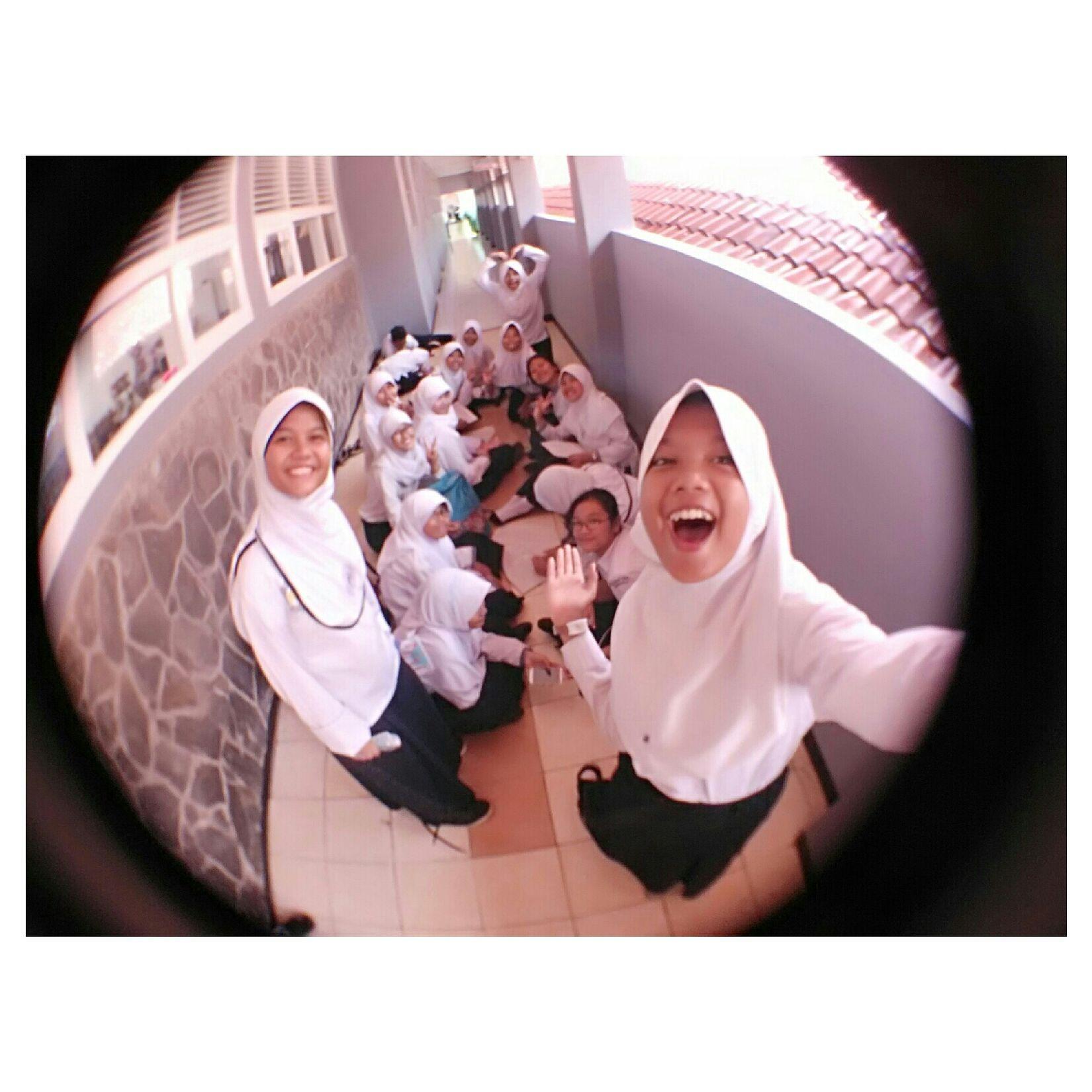 ??? Friendship Class Selfie Girls Photo Fish Eye Friday Hello Yeay Beloved