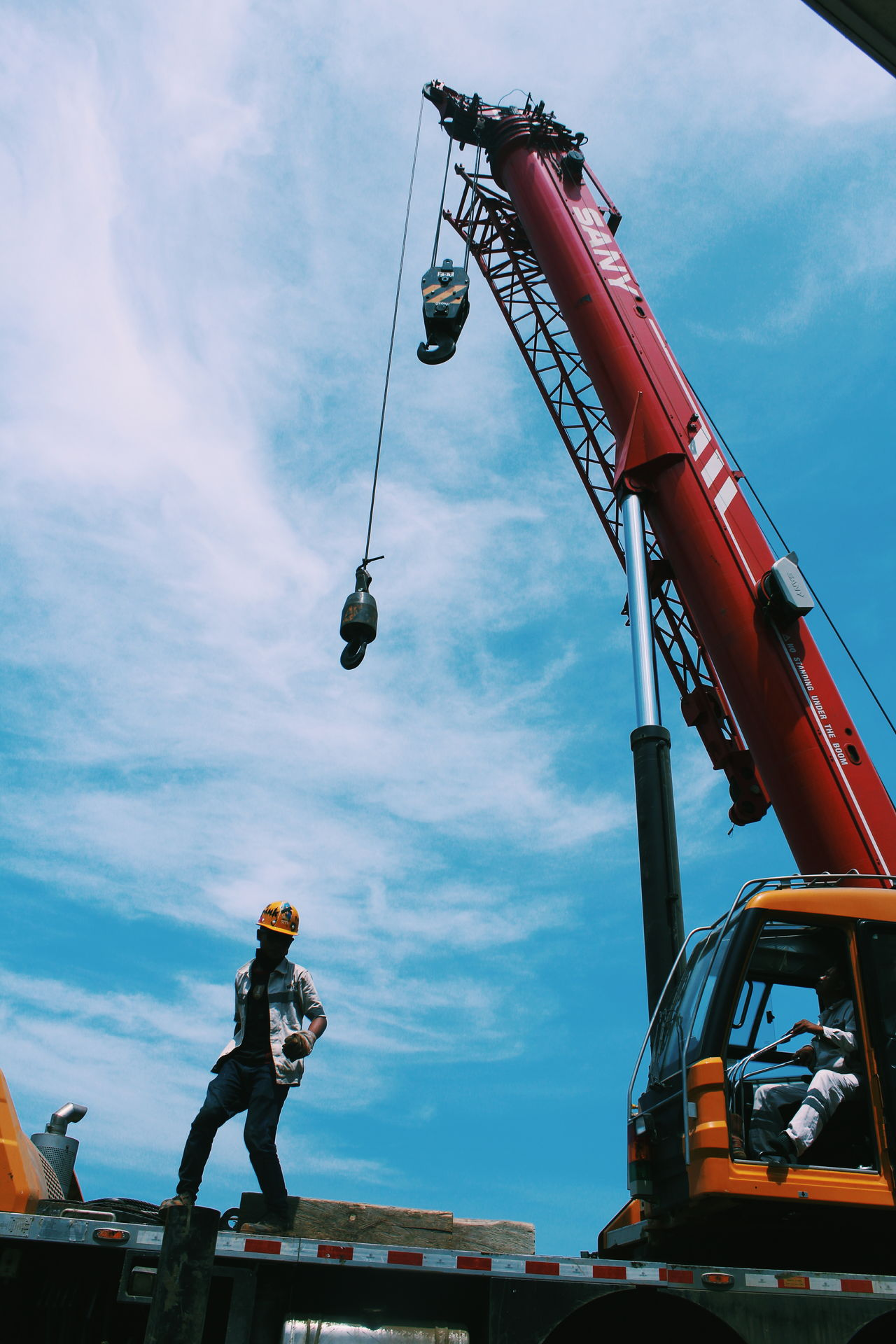 lets dance EyeEm Selects Crane - Construction Machinery EyeEmNewHere The Photojournalist - 2017 EyeEm Awards Morowali Sulawesi Tengah INDONESIA BYOPaper! Live For The Story Let's Go. Together. Sommergefühle Investing In Quality Of Life Workers Workers At Work Mining Industry Occupation Mix Yourself A Good Time