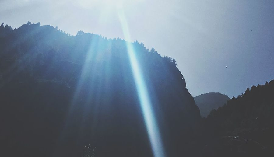 Breathing Space Nature Sunbeam Tranquility Scenics Mountain Sky