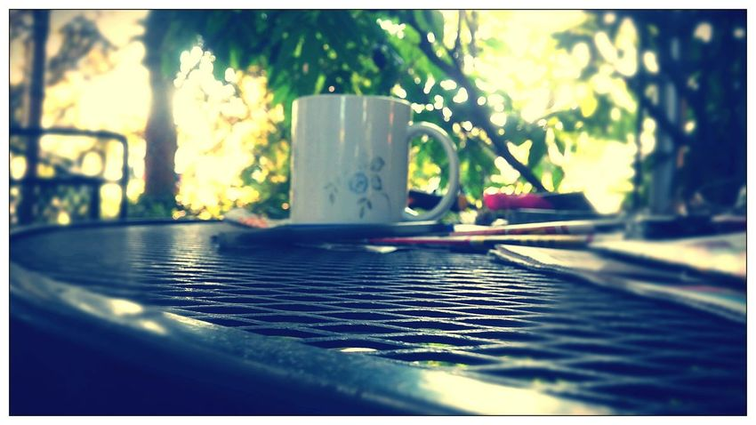 Taking Photos Check This Out Coffee Cup Hello World Life's Simple Pleasures... Taking Pictures Of Things In Front Of Me Photographer Life Taken From Smartphone CameraTaken From Smartphone Camera