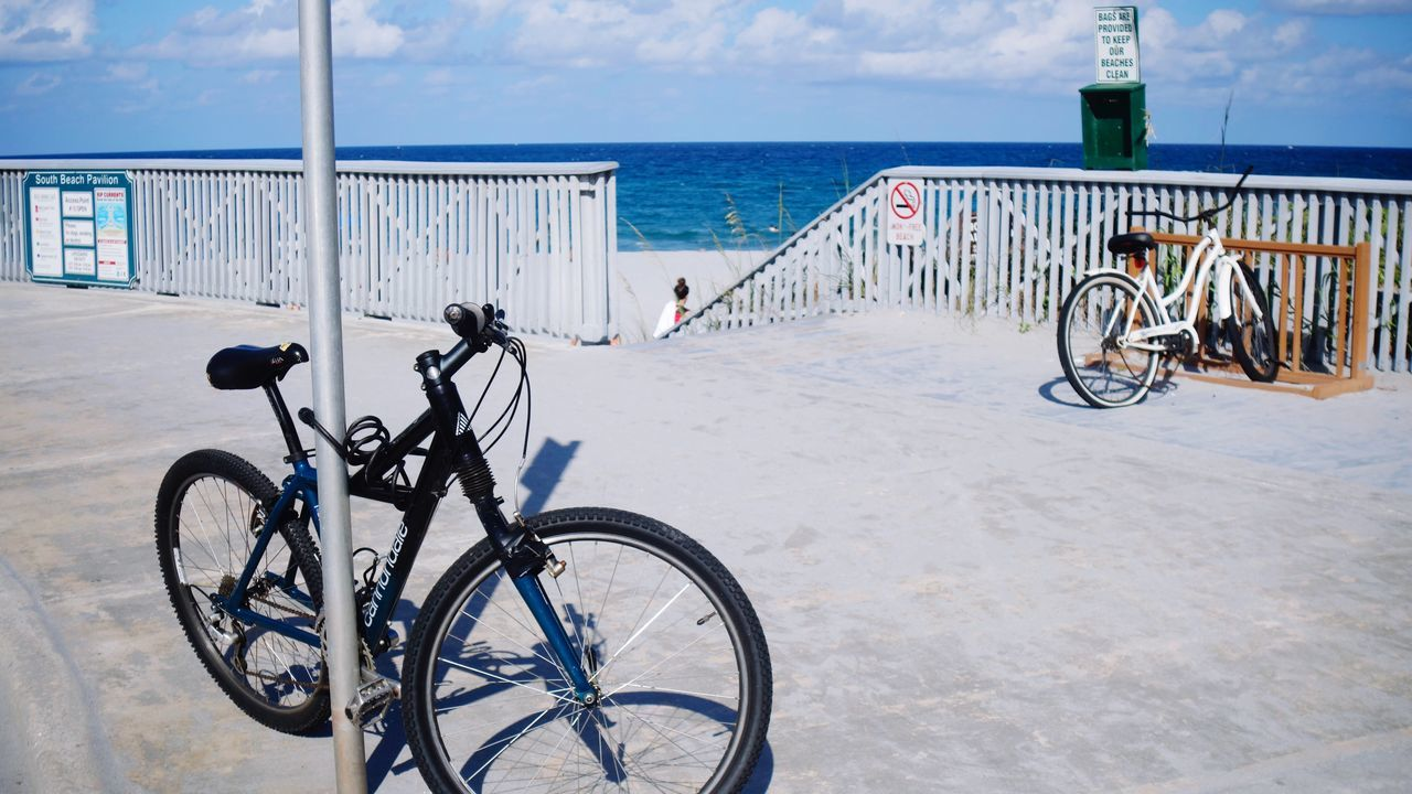 Bicycle Sea Sky Outdoors Horizon Over Water Water Day Mode Of Transport Railing Transportation Nature Cloud - Sky No People Bicycle Rack