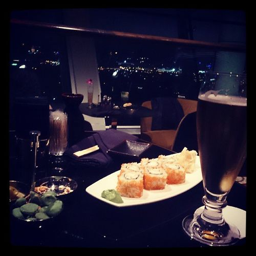 aynı anamın California Roll'u. Californiaroll Sushi Cityspacebar Dinner