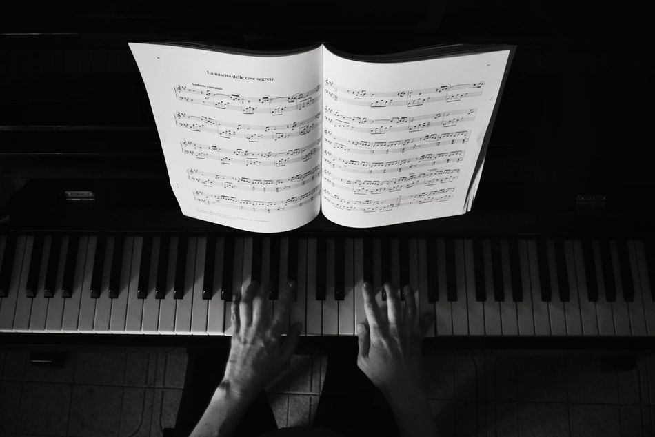 Piano Music Indoors  Musical Instrument EyeEm New Here Piano Moments Piano Time Piano Lover Music Music Photography  Bw_collection BW_photography Bwphotography BW Collection Black & White Blackandwhite Photography Welcome To Black