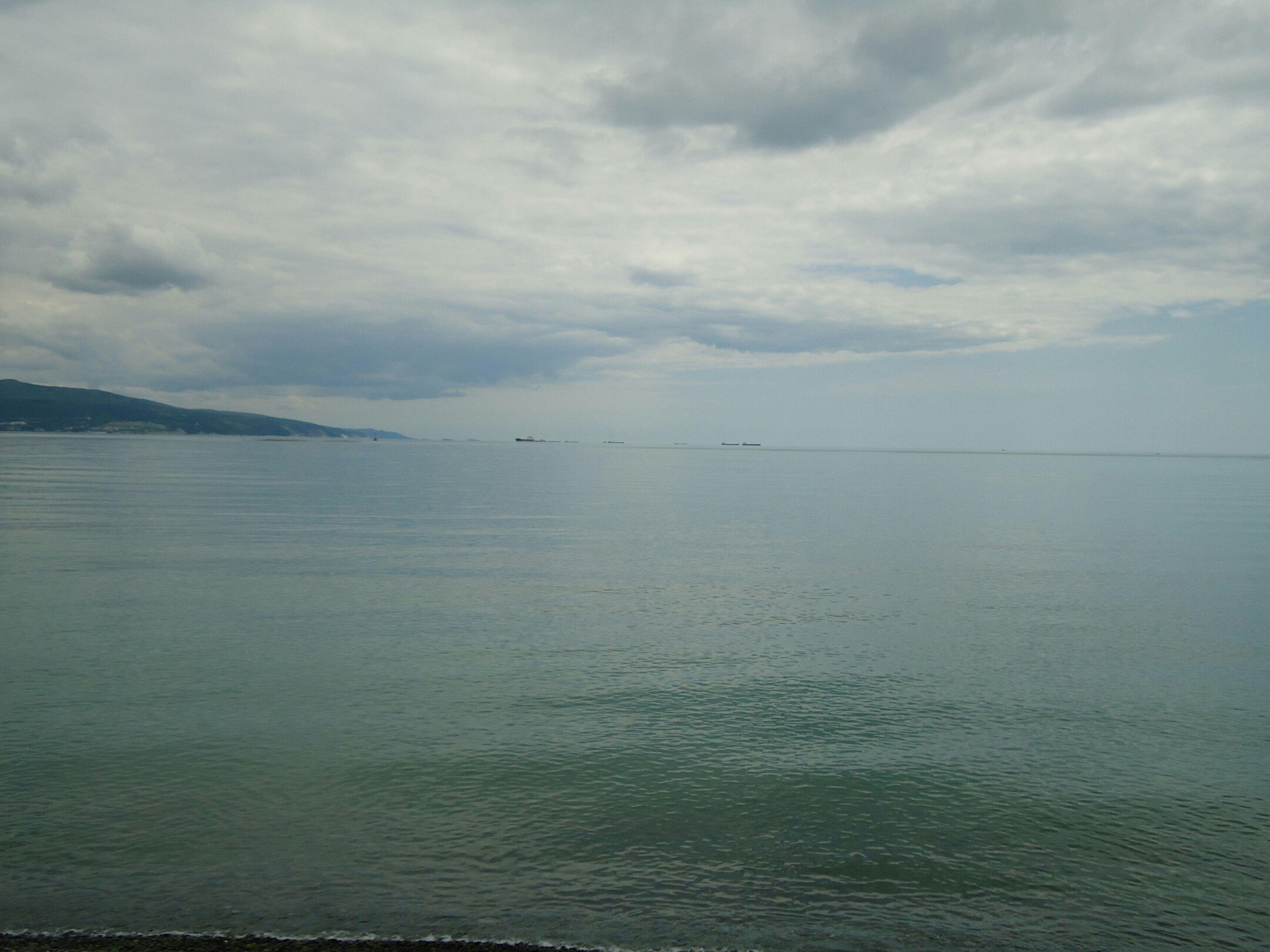 MirrorSea Sea Spring MiroirD'eau Mer Printemps ЗеркальнаяГладь Море весна Negative Space