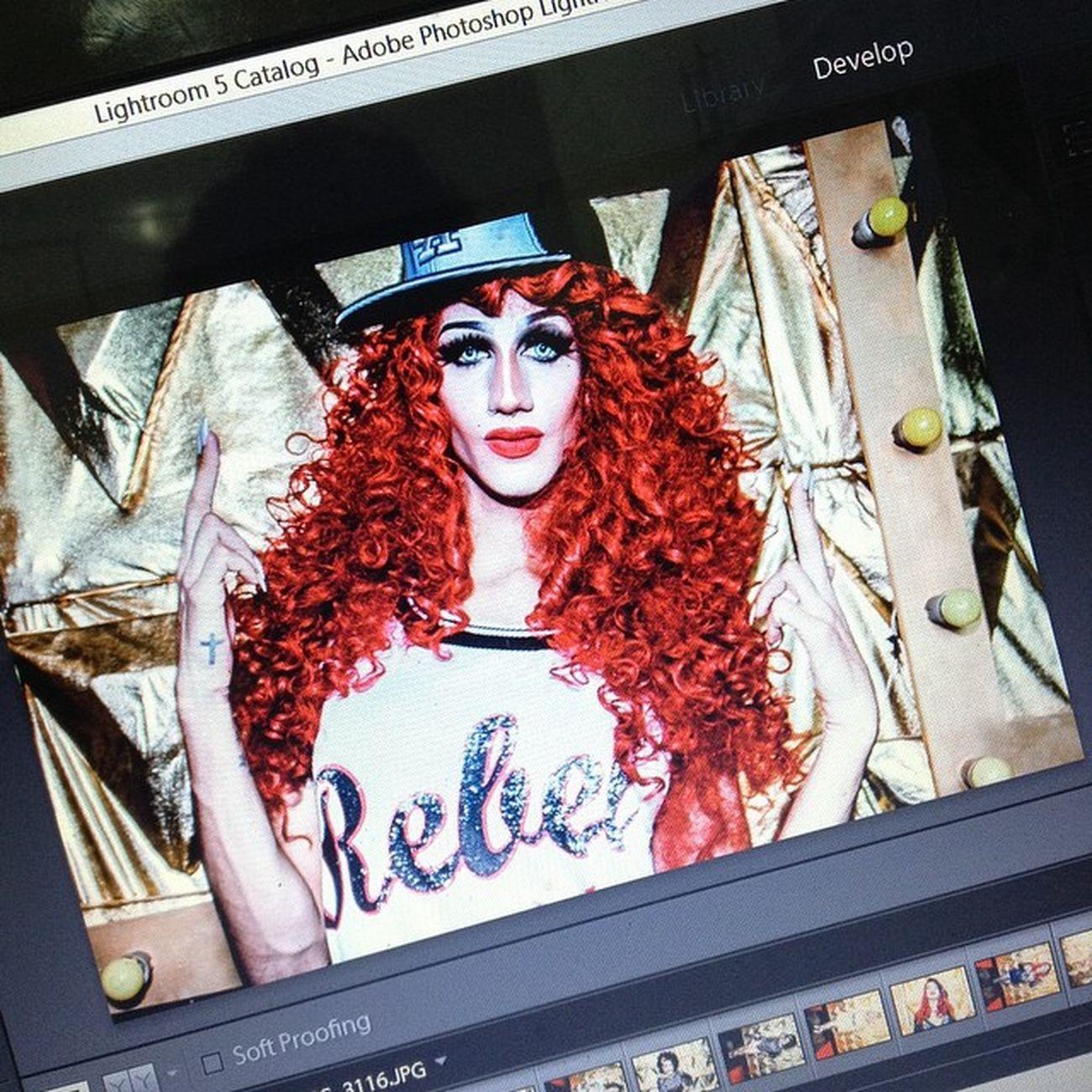 Edição rápida das fotos de sexta passada da @letsclubbrasilia na @victoriahausbrasilia! Na foto a bela @myers_carrie Pearlsnregras