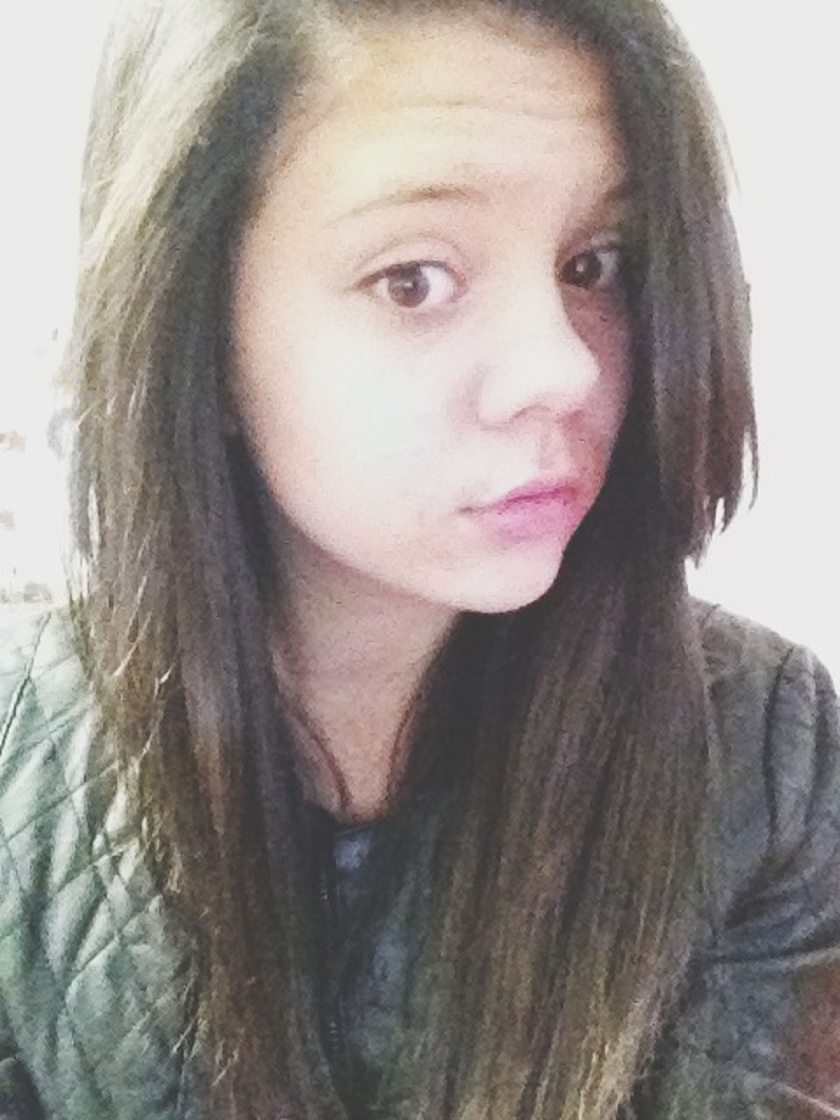 young adult, portrait, young women, looking at camera, headshot, person, front view, long hair, lifestyles, close-up, human face, head and shoulders, serious, leisure activity, contemplation, smiling, indoors