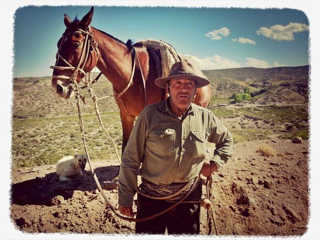 Simon Ureta, puestero de San Carlos, transita todos los días en su caballo a orillas de la mítica ruta 40 para controlar el pastoreo de sus animales Taking Photos