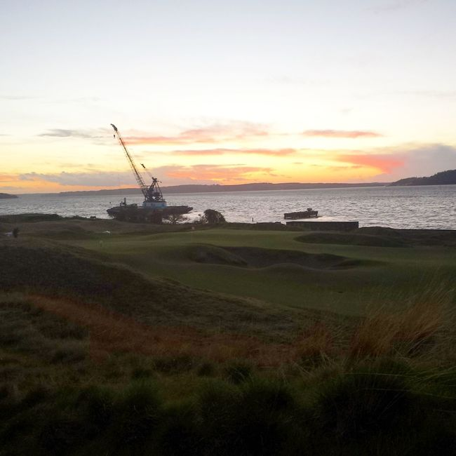 Boat🚢 Golfcourse ⛳ Sunset?