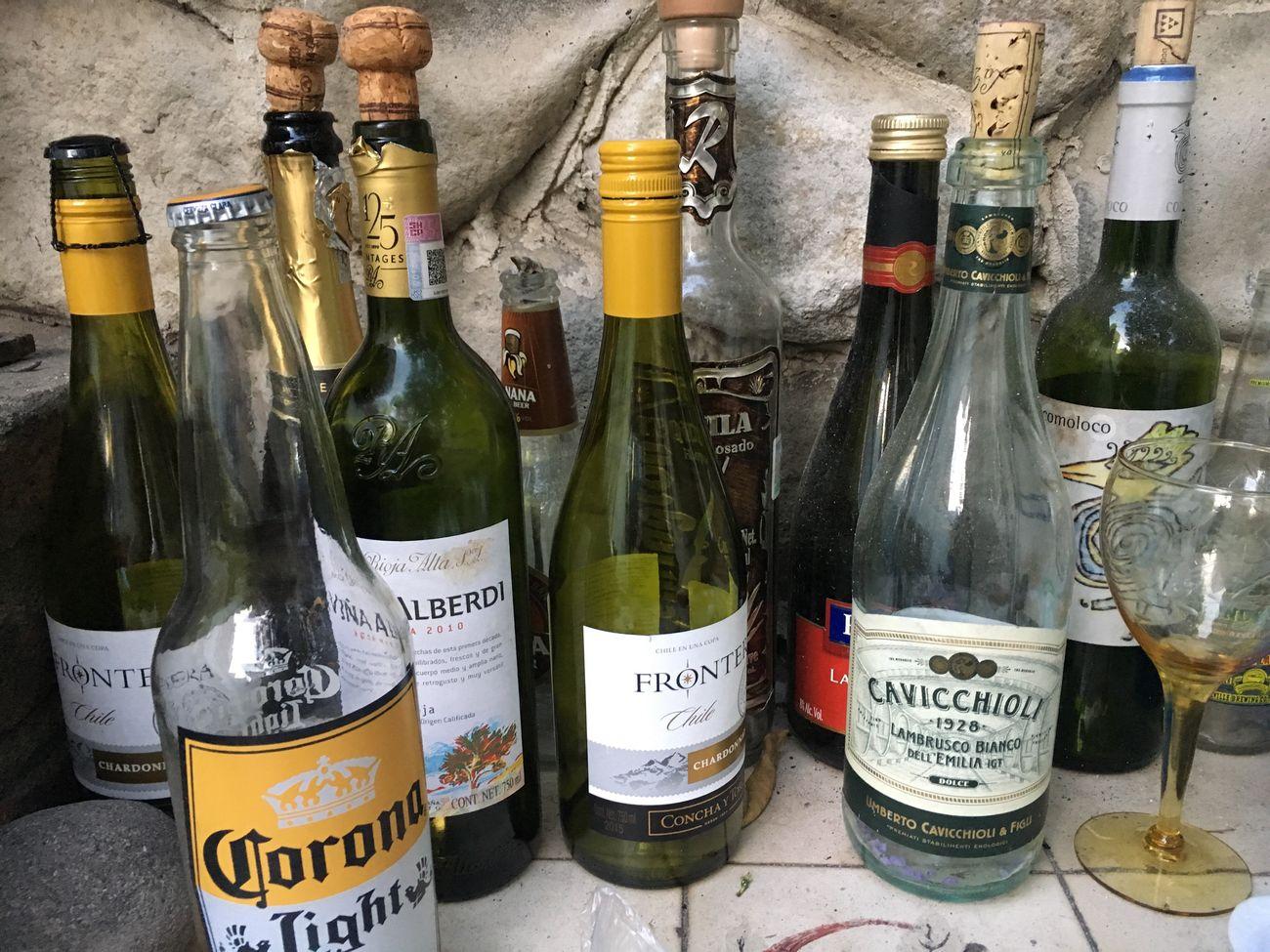 Disfrutando De La Vida Bottle Alcohol Wine Drink