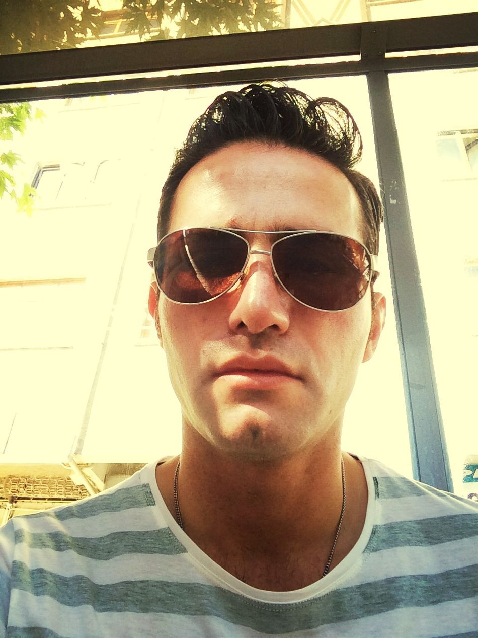Hi! Handsome Beauty Model