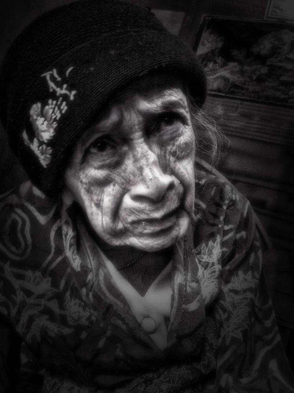 ❤️Grandma❤️ https://www.facebook.com/winky.damian/posts/10202319255290278:0 EyeEm Best Shots - People + Portrait EyeEm Indonesia Eye4photography  Portrait
