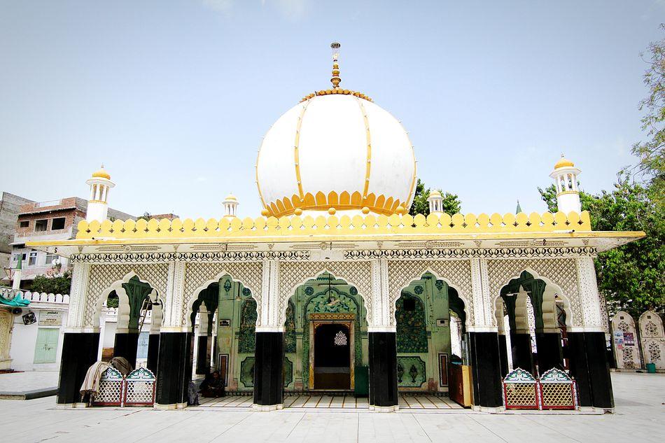 Dargah Nizamuddindargah Ajmersharif Rajasthan Jaipur Sufism First Eyeem Photo Jaipurcitypalace Jaipur Tourist Place Tasavvuf Ziauddin Jaipur Rajasthan Indian Shrines