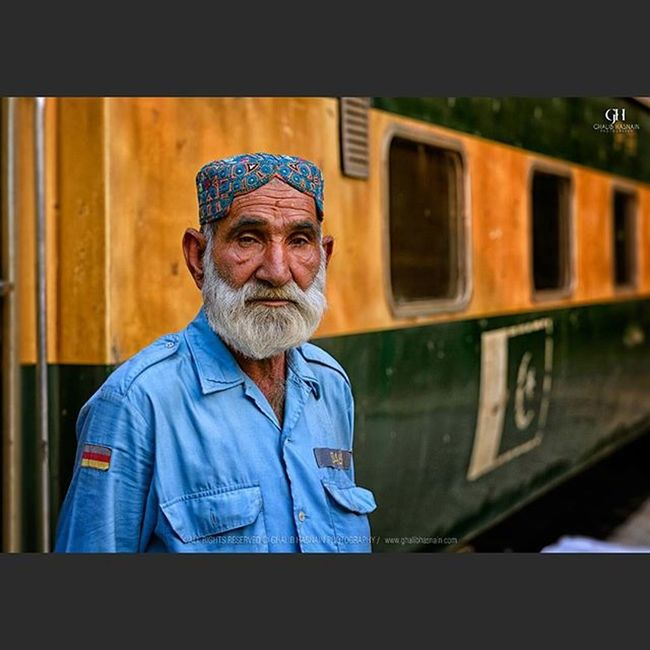 He was on duty when I was leaving Lahore railway station and my train was about to leave for Karachi , he is real gem with pure soul, sometimes you met few people who shows how to believe in Allah and he is one of them, he smile at the first shot but after little discussion I think his serious attitude towards his work should be portrayed in his portrait at the railway station where flocks of people are travelling home to celebrate the festival of Eid. He didnt have much time to talk to me, he was concentrating more on his duty. Railway station,Lahore. Lahore Railway Station Train Portrait Ghalibhasnain GHphoto Karachi Dawndotcome Pakistan NikonPakistan