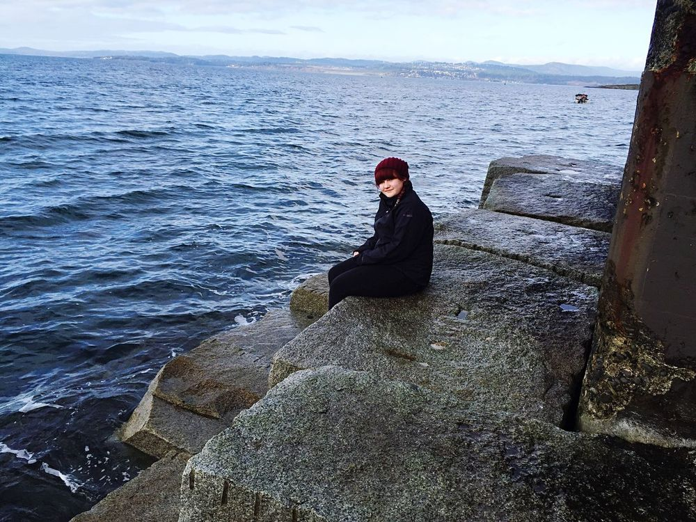 Throwback to my very first family trip to Vancouver and Victoria. I will never forget it☺️ That's Me Hello World Hanging Out Cheese! Taking Photos Throwback Vancouver Vancouverisland Family Awesome Life Is Good Kind Of