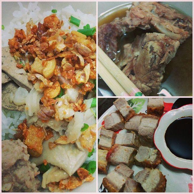 The last meal of the firtst day in Phuket ข้าวตัมแห้ง หมูกรอบ กระดูกสันหลังหมูตุ๋น