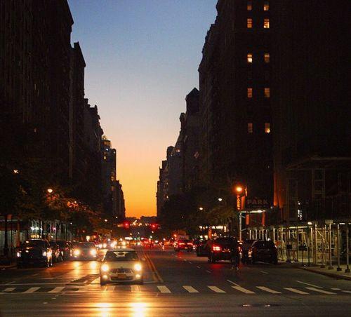 New York is always a good idea 🇺🇸 Wanderlust New York Traveling Travel Photography EyeEm Best Shots Night Lights Sunset Sunset #sun #clouds #skylovers #sky #nature #beautifulinnature #naturalbeauty #photography #landscape Golden Hour NYC
