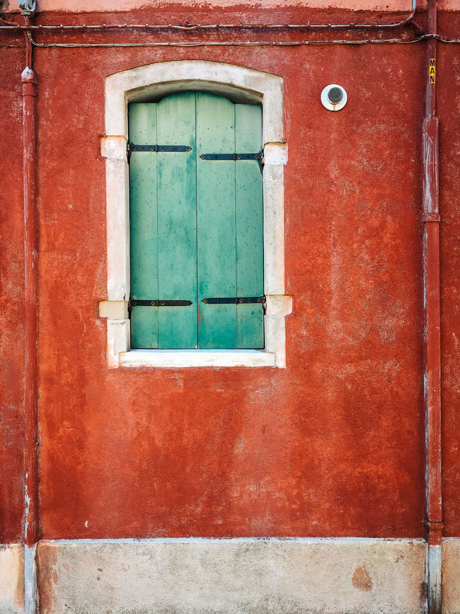 Somewhere in Burano Italia Architecture Building Exterior Built Structure Day Door Huntergol IPhone No People Outdoors Streetphotography Travel Destinations Vintage Vscocam Window